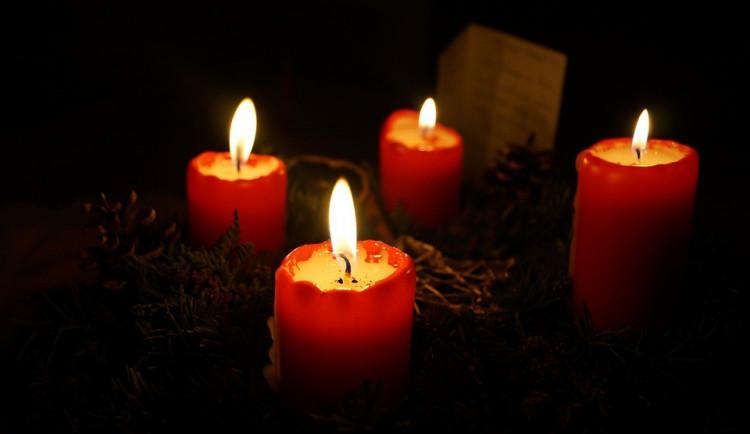 Andělská svíčka dnes uzavře kruh na adventním věnci