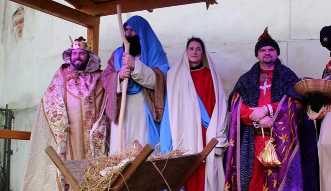 Sváteční pozvánky: Přijďte rozjímat na štědrovečerní mši nebo třeba na živý betlém