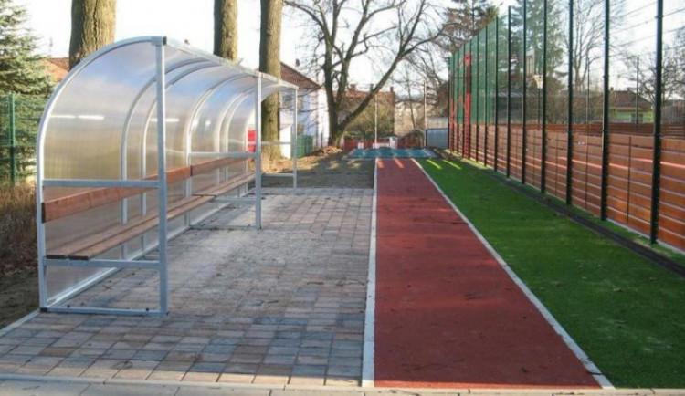 Vylepšená sportoviště mají další jihlavské základní školy. Náklady dosáhly 36 milionů korun