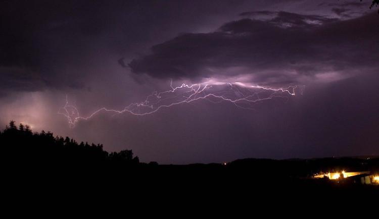 Meteorologové opět varují před bouřkami a přívalovým deštěm. Výstraha se týká i Vysočiny