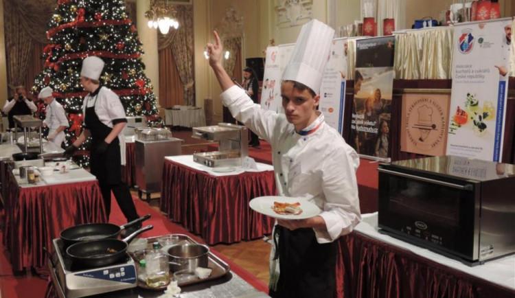 Jihlavští kuchaři zazářili na soutěži v Karlových Varech. Vyvařili si třetí a sedmé místo