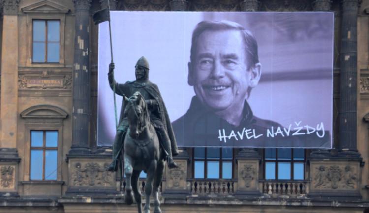 Lidé si dnes připomenou pět let od úmrtí prezidenta Václava Havla