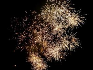 KULTURNÍ TIPY: Silvestrovské párty, novoroční výstupy a ohňostroje nebo plavání otužilců