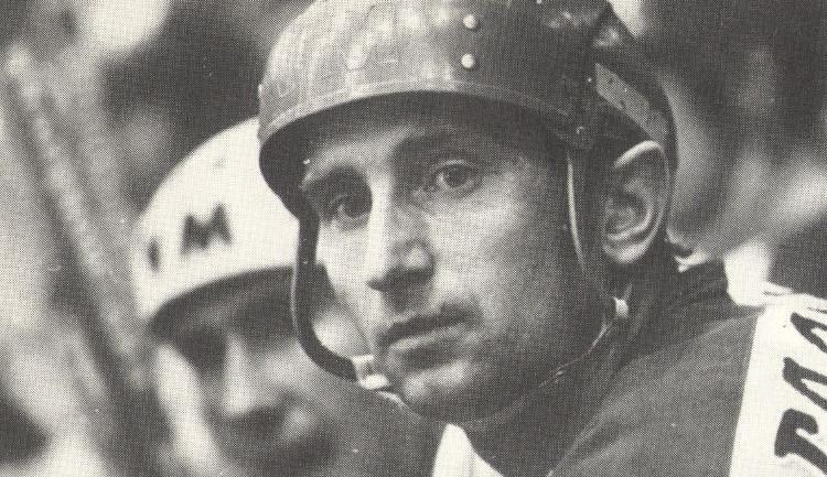 Bývalý hokejový reprezentant a hráč jihlavské Dukly Jan Hrbatý oslaví pětasedmdesátiny