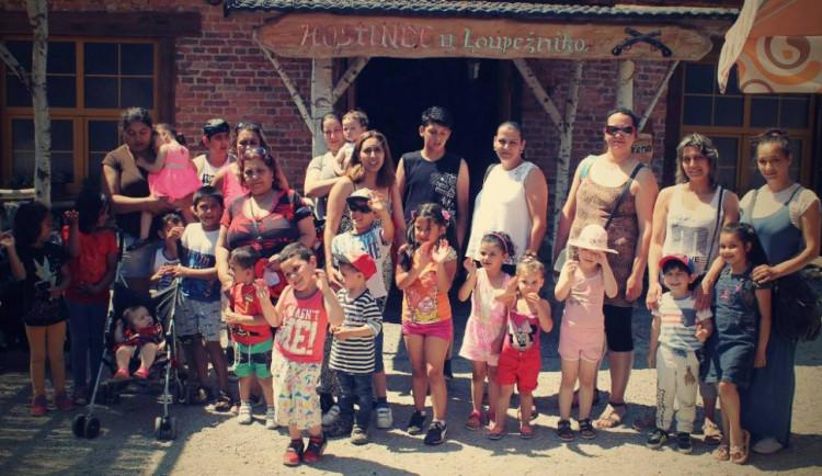 Děti z charitního Klíčku společně se svými rodiči vyjely za poznáním a pokladem