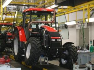 Studenti na Vysočině si nejdřív postaví svůj traktor. Až pak si udělají řidičák