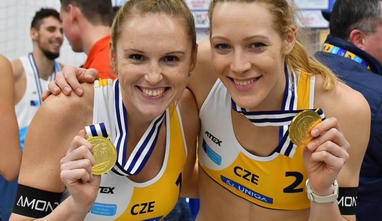 Češky Kolocová a Kvapilová vyhrály beachvolejbalový turnaj CEV Masters v Pelhřimově