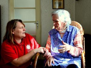 Roste zájem o domácí hospicovou péči. Kraj na ni přispěje více než deseti miliony