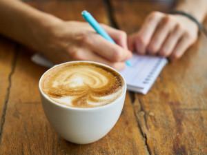 DRBNA BARISTKA: Jak poznat kvalitní výběrovou kávu aneb jak se při výběru nespálit