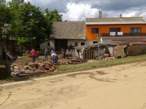 V Brtnici stále bojují s následky záplav. Postiženým rodinám může pomoci veřejná sbírka