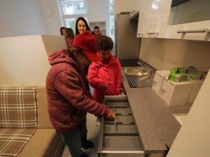 FOTO: Jihlava má ve svém centru pro klienty stacionáře dva nové byty. Bydlet budou do Vánoc