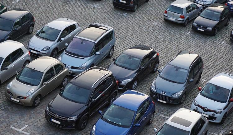 Za monitorování dopravy zaplatí Třebíč dva miliony. Vylepší se parkoviště na Komenského náměstí