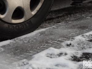 Ceny přezutí na zimní pneu jsou letos o desetinu vyšší