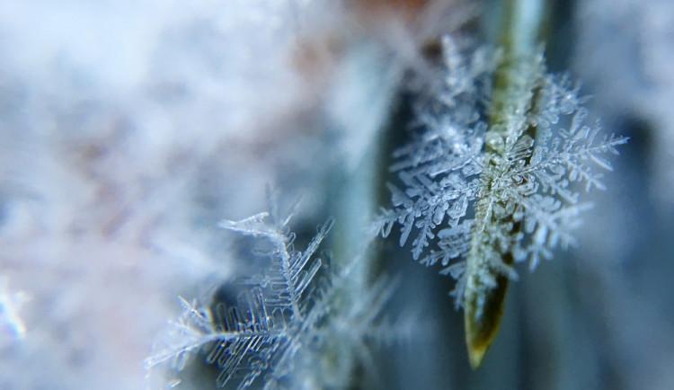 POČASÍ NA ČTVRTEK: Teple se oblečte. Odpoledne a večer pozor na silnější vítr