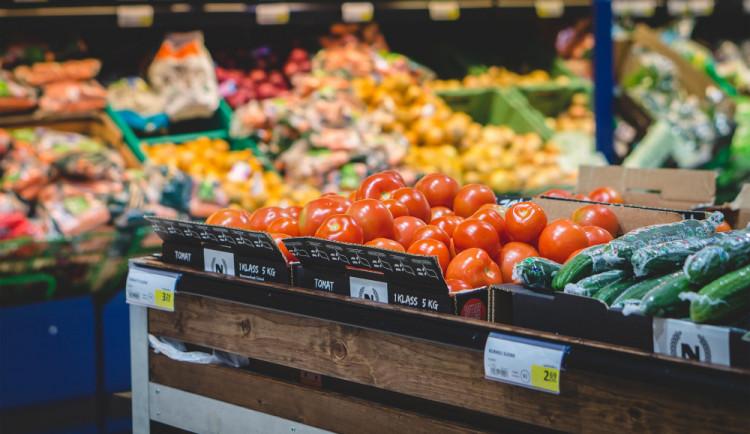 Sníst, nebo vyhodit prošlé potraviny?