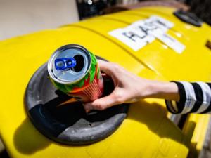 Kovy a nápojové kartony mohou Jihlaváci nově házet do žlutých kontejnerů