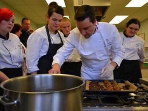Světové kuchařské soutěži předchází několik měsíců příprav. Letos ji hostí Vysočina