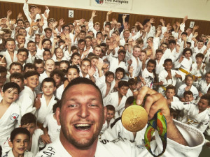 Jihlavák Krpálek dnes slaví velké výročí. Už tři roky je majitelem zlaté olympijské medaile