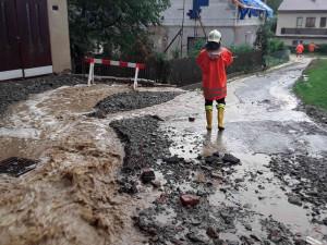 Vysočinou se přehnala bouřka. Déšť vyplavil dvě patra humpolecké základní školy