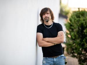 Kamil Dráb z Rock Radia: I starší posluchači začínají být otevření nové muzice