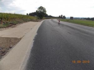 Pozor! O víkendu je na silnici II/602 plánovaná uzavírka, při dobrém počasí se bude asfaltovat