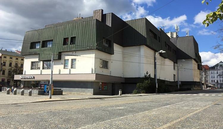 Tři domy v historickém centru Jihlavy se opraví. Radnice bude jednat s majitelem Prioru