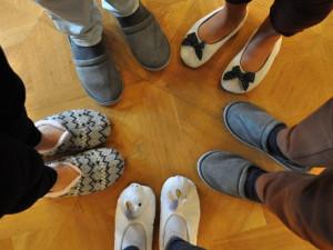 Chcete podpořit mobilní hospice? Pak vyrazte do práce v papučích a sdílejte fotku