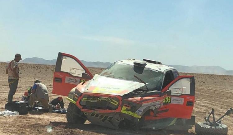 Jihlavák Martin Prokop měl v Maroku nehodu. Navigátora transportoval vrtulník do nemocnice