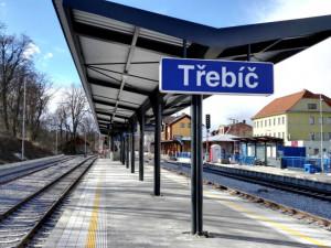 SŽDC plánuje zlepšit nádraží na Vysočině. Zmodenizují se budovy i zázemí pro cestující