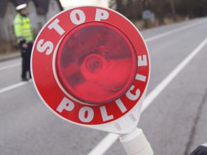 Noční jízda pod vlivem alkoholu se nevyplácí. Řidiči na Znojemské policie naměřila 1,6 promile