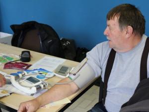 Den zdraví: Odborníci změří cholesterol a poradí s kouřením. Ženy mohou volně na mamograf