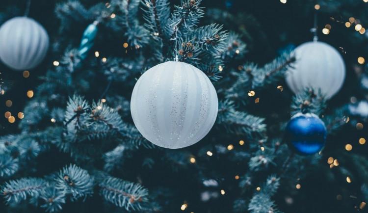 Vánoční výzdoba Třebíče bude letos za dva miliony. Na trzích budou nové dřevěné stánky