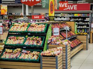 PRŮZKUM: Největší prostor ušetřit je ve výdajích za potraviny