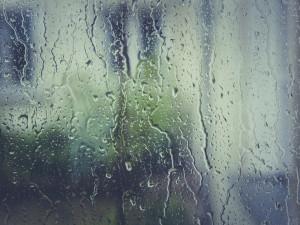 POČASÍ NA ČTVRTEK: Na začátku dne slabý dešť. Teploměr ukáže až 8 stupňů
