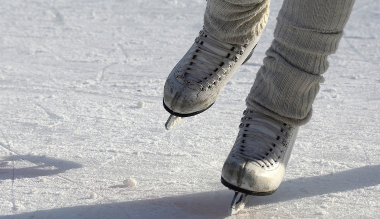 V Pelhřimově se bude do konce ledna bruslit na umělém ledu na Masarykově náměstí