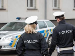 Na Vysočině pátrá policie po 210 lidech. Jsou mezi nimi i děti, které utekly