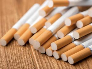 Noční vloupání v křelovické prodejně: Sekyrou dovnitř, s hotovostí a kartony cigaret ven