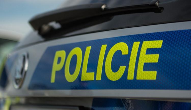 Autobus se srazil s chodcem, ten skončil v brněnské nemocnici. Policie hledá svědky