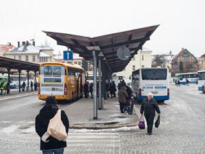 Veřejná doprava Vysočiny: Od 1. března nám bude stačit jedna jízdenka na vlak i autobus