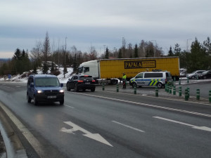 FOTO: Dálnice D1 je na Pelhřimovsku po noční uzavírce opět průjezdná