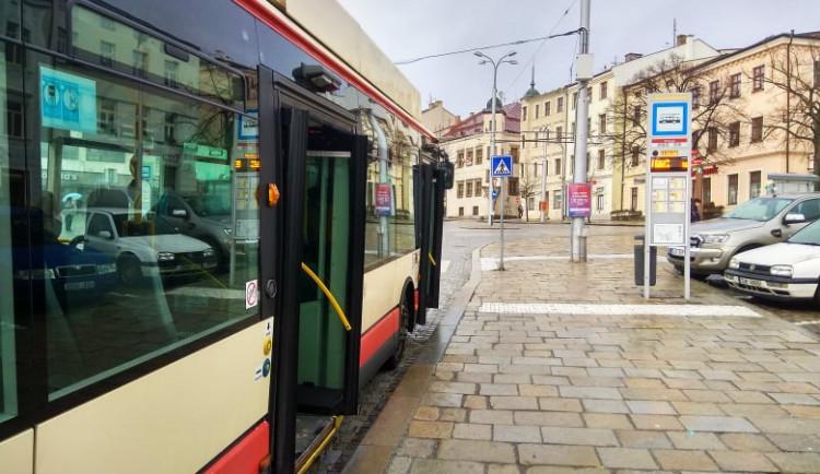 Jihlavský dopravní podnik ruší noční spoje. Nyní je skoro nikdo nevyužívá
