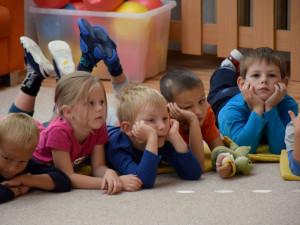 Rodiče v Jihlavě posílají děti do školek jen minimálně. Od pondělí se otevře už jen jedna