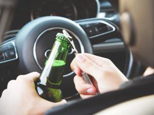 Jihlavou se proháněli opilí řidiči. Žena nadýchala skoro dvě promile