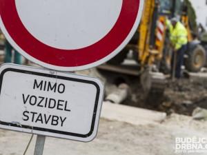 Křižíkova ulice se na konci července uzavře. Silnice k City parku se dočká rozšíření