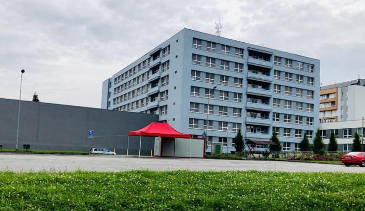 V jihlavské nemocnici zemřeli dva lidé nakažení covidem. Jeden byl klientem Alzheimercentra