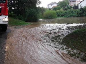 AKTUÁLNĚ: Na Vysočině stoupají hladiny některých řek. Někde i kvůli těžbě dřeva