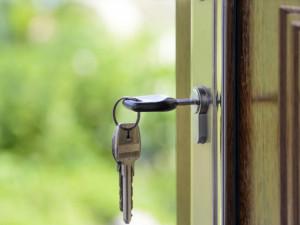 Projekt Housing First pomáhá v Jihlavě lidem v bytové nouzi od začátku roku. Šetří i státní rozpočet