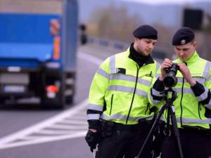 Policie bude opět měřit na řadě míst rychlost aut. Kde konkrétně na Vysočině?