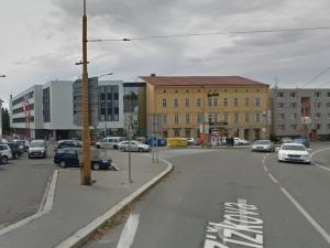S novou tváří nové jméno: Jihlava hledá název pro revitalizované náměstí před Dělnickým domem