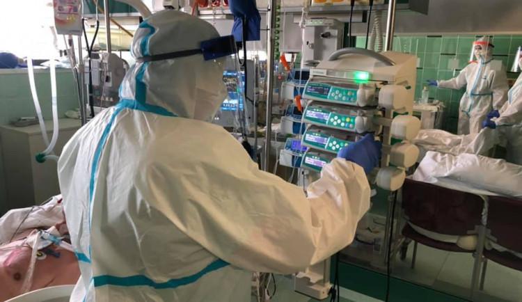 Na infekčním oddělení jihlavské nemocnice se aktuálně starají o 35 pacientů s covidem